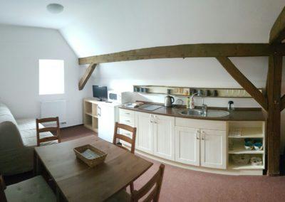 Apartman 5-kuchyne